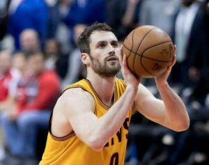 Kevin Love apologizes after tantrum on the Court