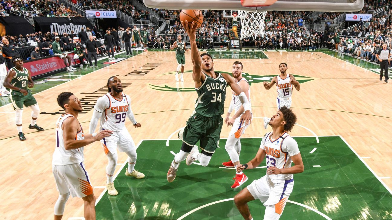 Giannis Antetokounmpo delivers an exceptional performance